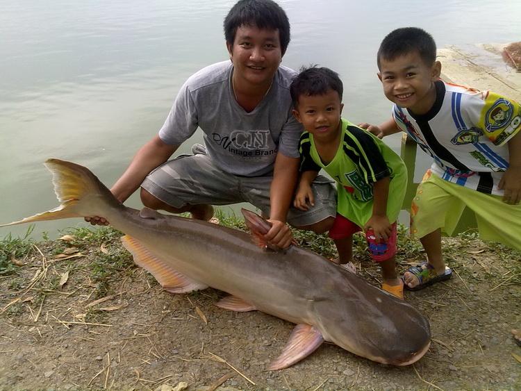 @@_** ตกปลาชายฝั่ง ตอน...ชีวิตติดเกาะ *