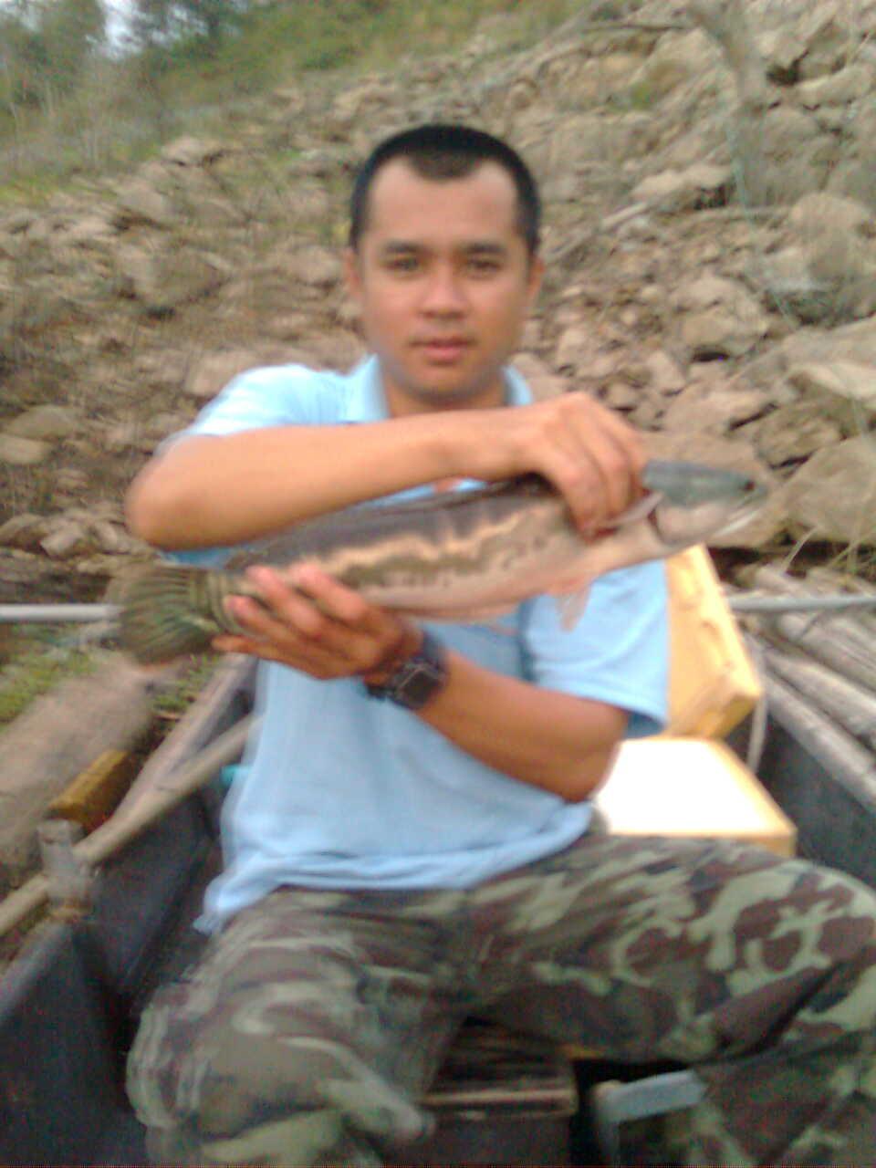 ตกปลากับพี่ชายที่เเม่กวง
