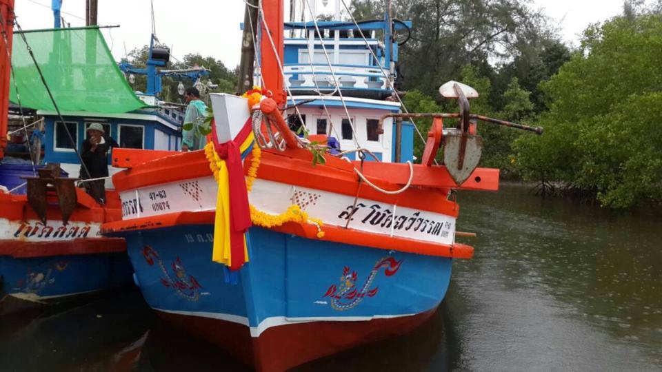 ตกปลา จ.ระยอง เรือ ส.โชคฉวีวรรณ (เต็มแล้วครับ)