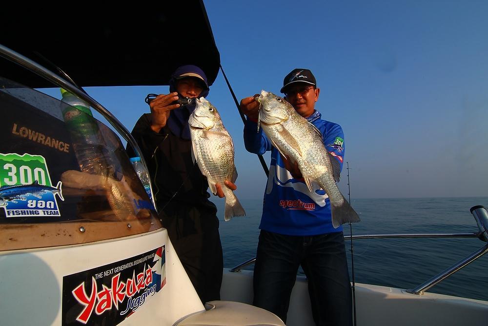 ***..LightJig กับ 300ยอด Fishing Boat..***
