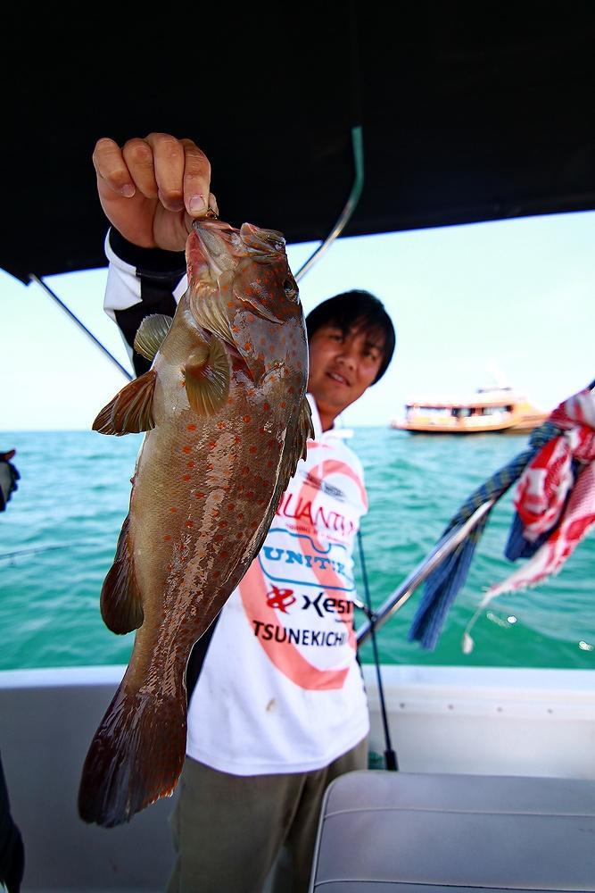 ***..LightJigging กับไต๋กุ๊ก..300ยอด Fishing Boat..***