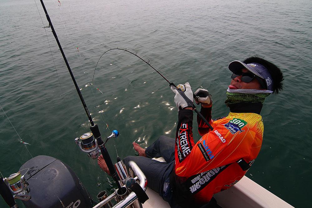 **..หนุกหนานกับ..300ยอด...fishing boat..**@3