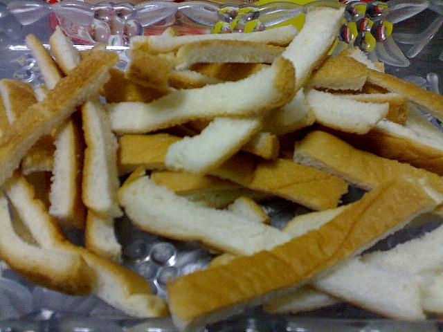 หมักขอบขนมปัง+กากมะพร้าว+หัวเชื้อมะขวิด