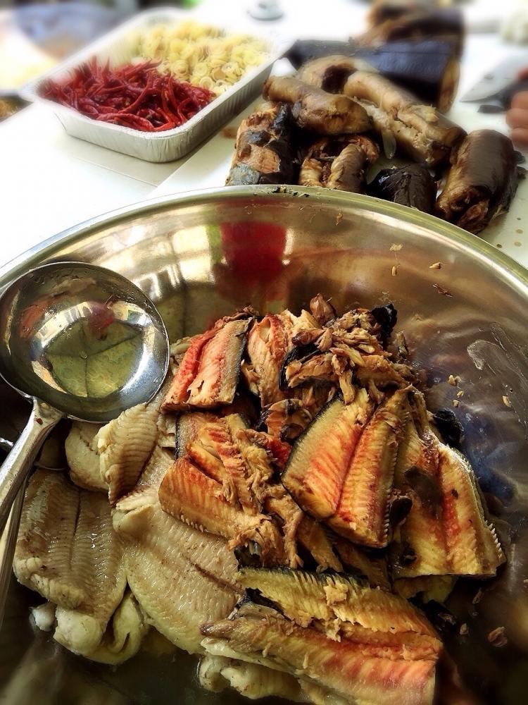 ขนมจีนน้ำยาป่าเนื้อข้นๆ