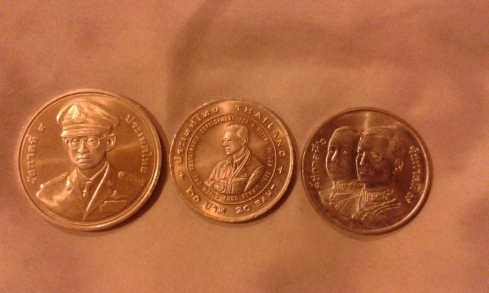 มีใครสะสมเหรียญกษาปณ์-เหรียญหมุนเวียนบ้างครับ
