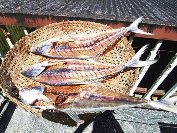 แกงส้มหัวปลาสละเค็ม กับลูกเถาคัน