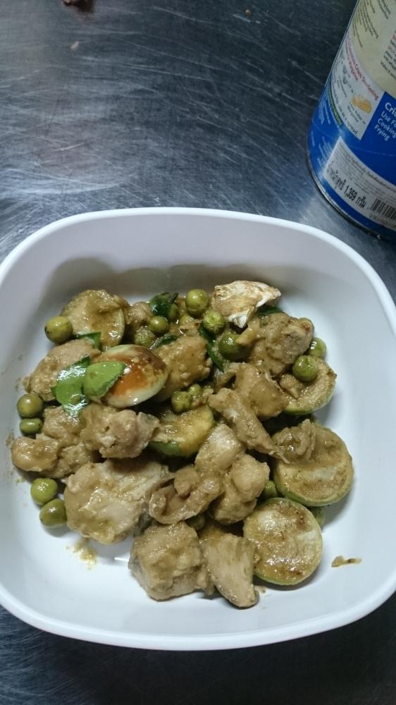เเกงเขียวหวานปลาอังเกย