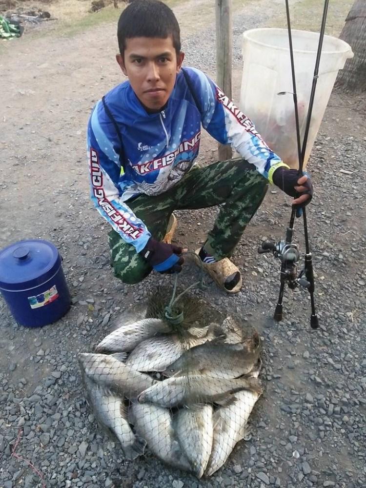 ==>กะพงบุฟเฟต์บึงเตยอาทิตย์นี้ลงปลาแล้วครับ300ตัวไซร์1.1-1.2โลครับ