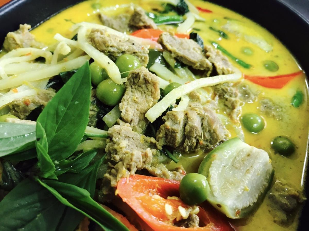 ขนมจีนแกงเขียวหวานเนื้อ