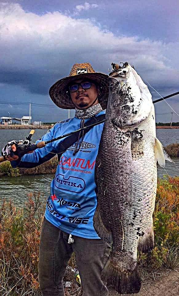 บ่อน้องบิว#76 บ่อ A B อาทิตย์ 24 กันยายน 2560 เพิ่มปลา 453 กก รับไม่เกิน 60 คน