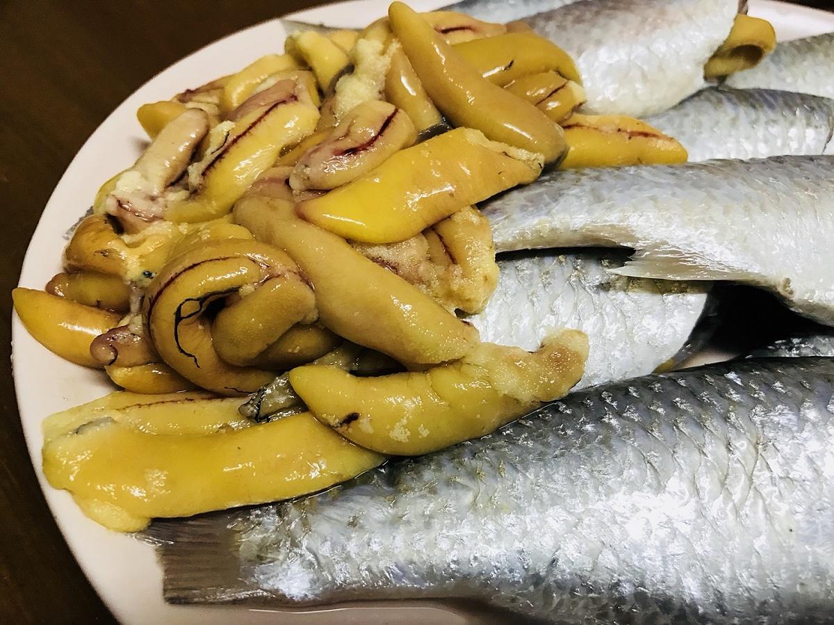แกงส้มปลากระบอกใบชะครามใส่ไข่ปลากระบอก