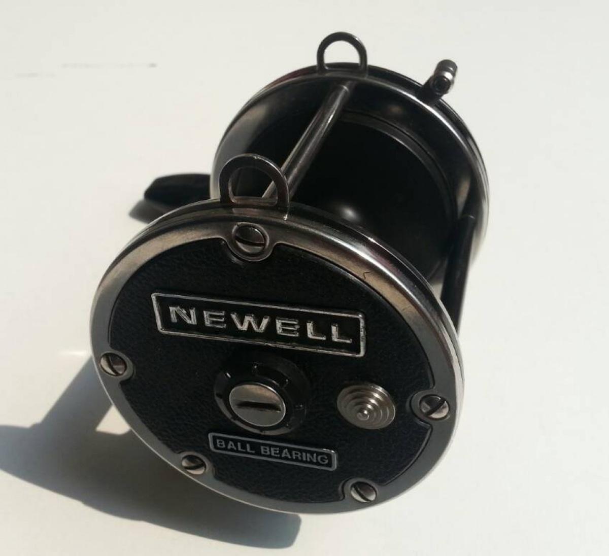 รอก 。Newell P447-T