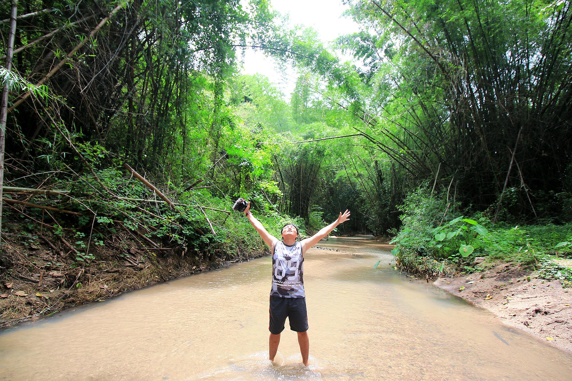 เข้าป่าเลยได้ บ้องไม้ไผ่มาทำ หลามปลาช่อน!!!