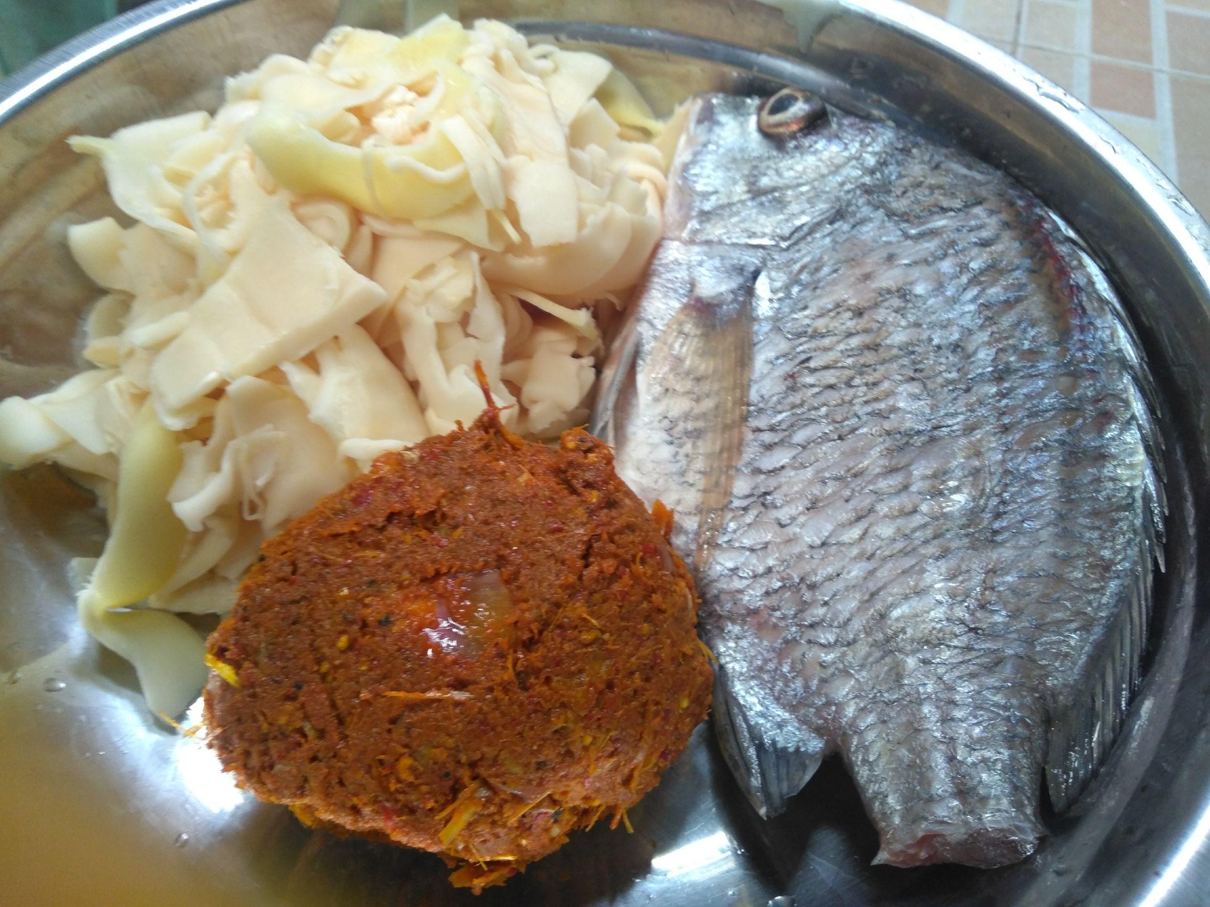 ปลายังไม่หมดตู้เย็น @ทริปบางทราย.... แกงส้มปลาอีคุด หน่อไม้ดอง