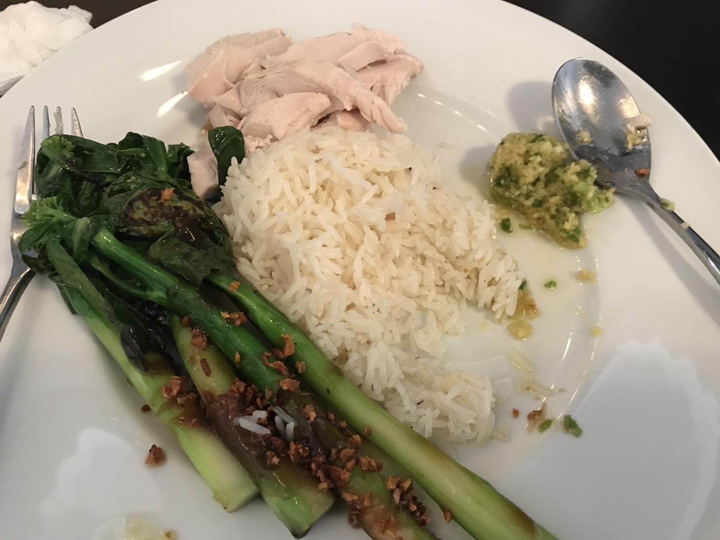 ไก่ต้มขอทานกับน้ำจิ้มขิงสับแบบฮ่องกง