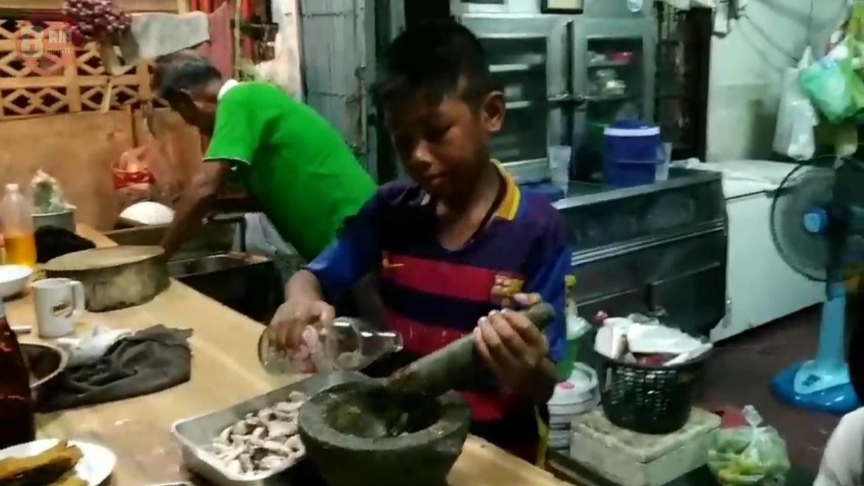 """สุดยอดอาหารไทย เมนู """"ผัดฉ่าปลาชะโด"""""""