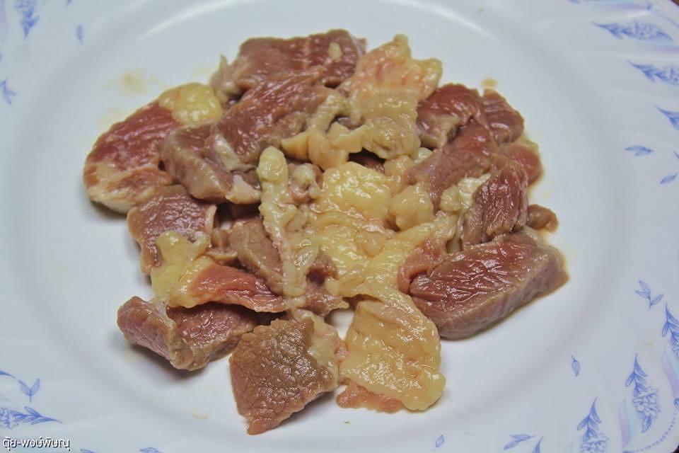 ก้อยคั่วเนื้อเสือโพนยางคำ