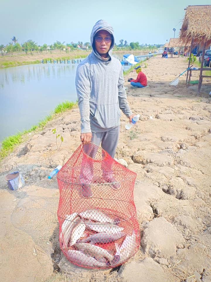 ลงปลา300โล/สัปดาห์เสาร์อาทิตย์พุธค่าคัน350฿ที่เหลือเก็บตกเปิดบริการทุกวันครับ