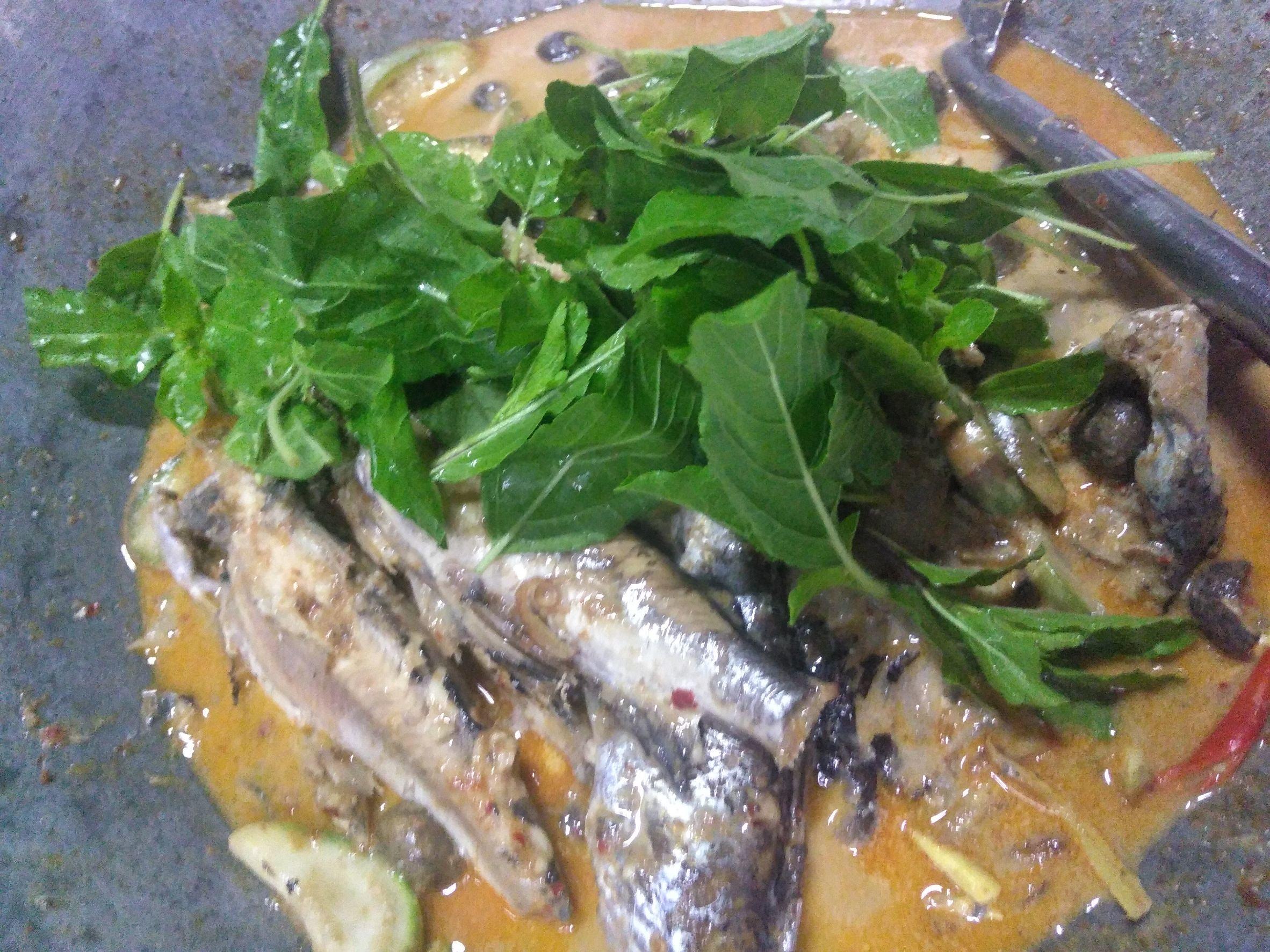 แกงปลากดทะเลใส่เห็ดเผาะ
