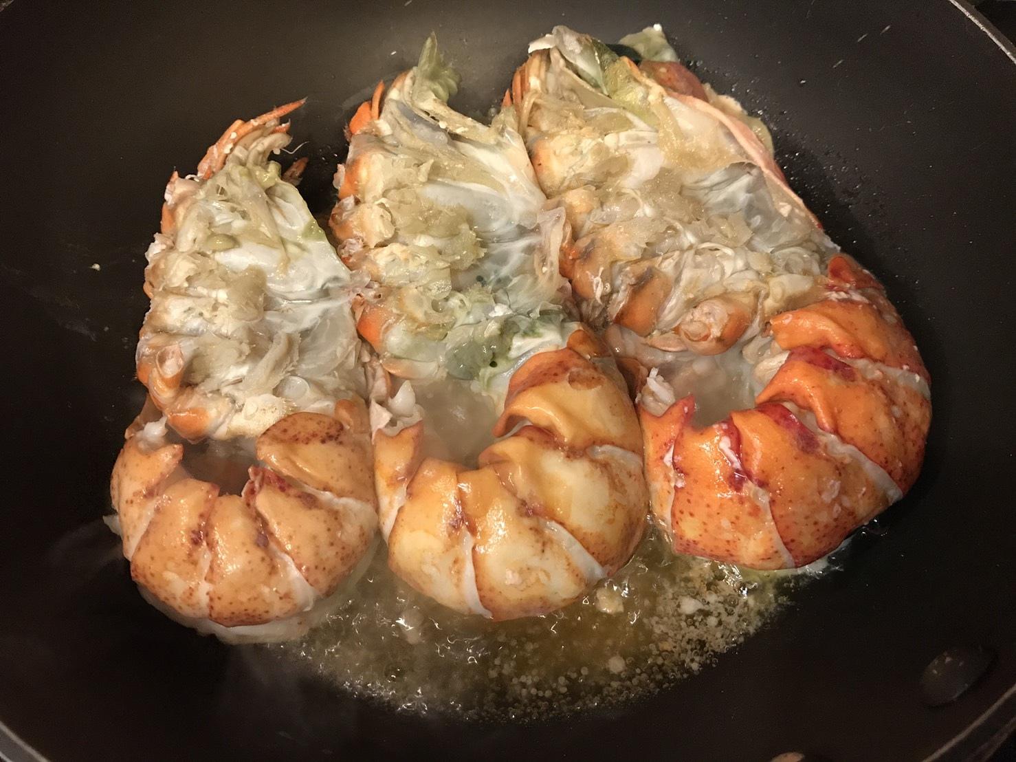 Lobsters ทอดเกลือ