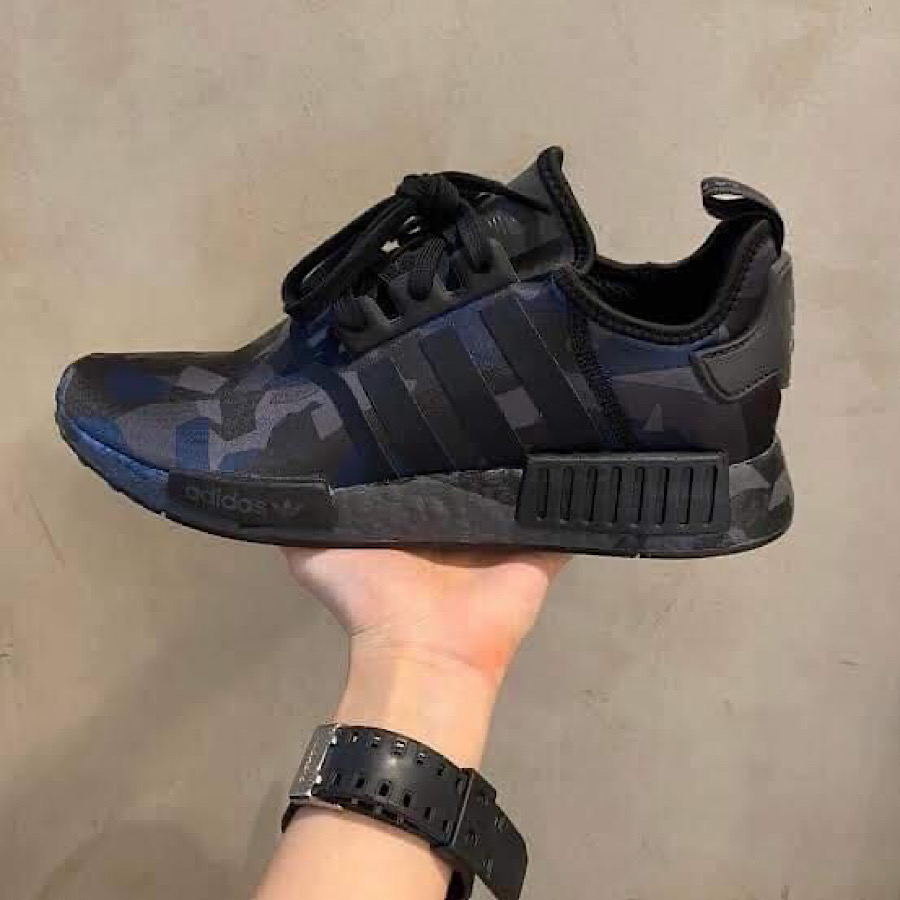 NMD_R1 Triple Black Camo